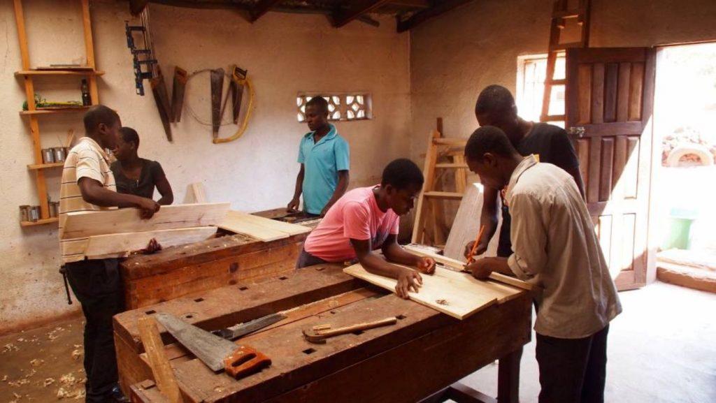 Programmes Carpentry Workshop 2 remove existing photo
